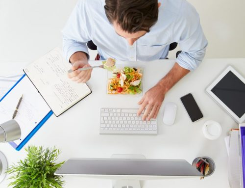 Is Eating at Your Desk a Good Idea?